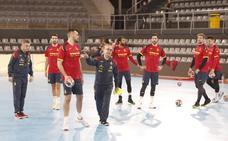 La selección española de balonmano ya entrena en Palencia