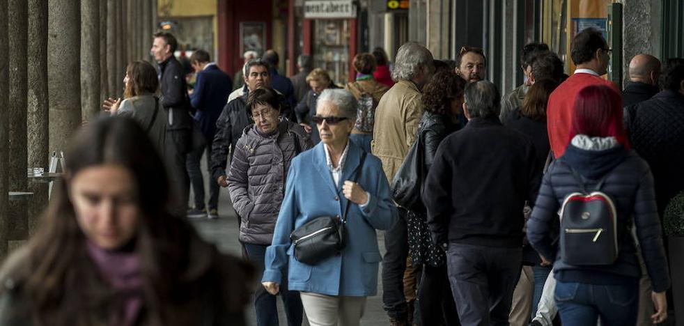 El Consejo Social apunta a trabajo y vivienda como vías para frenar la pérdida de vecinos