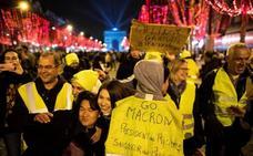 Los 'chalecos amarillos' vuelven a desafiar al gobierno de Francia