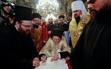 La Iglesia ortodoxa ucraniana se independiza definitivamente de Moscú