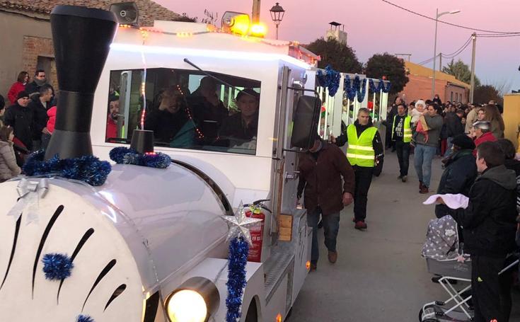 Los Reyes Magos visitan los pueblos de la provincia de Valladolid