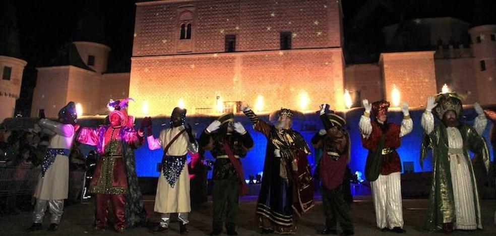 Los Reyes Magos llegan a Segovia con cielos limpios y fuertes heladas