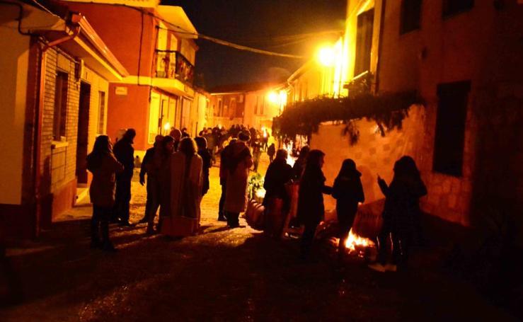 Adoración de los Reyes Magos que se llevó a cabo el día 5 en Robladillo