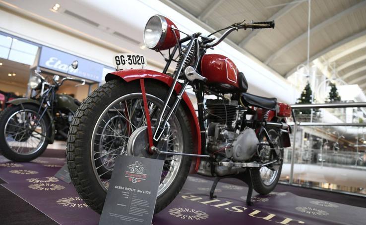 Exposición de motos antiguas en Vallsur