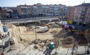 Los vecinos logran que el Ayuntamiento cambie el firme previsto en Rafael Cano