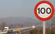 Fomento destinará 440.000 euros a cambiar señales de 100 a 90 kilómetros por hora
