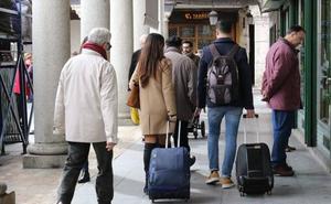 Policía y Junta de Castilla y León controlan las viviendas turísticas contra el terrorismo y la mafia