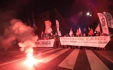 Los trabajadores de la cárcel de Topas llevan a la calle sus protestas