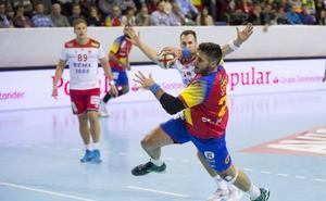 Abel Serdio, con pie y medio en el Barcelona