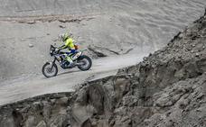 Santolino firma su primer 'top ten' y se mantiene entre los mejores del Dakar