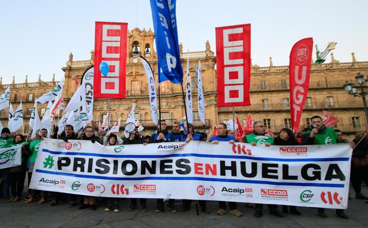 Manifestación de funcionarios de la prisión de Topas