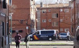 En libertad los detenidos por los disparos al aire en Nochevieja en el barrio de Las Viudas