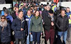 La ministra de Turismo e Industria, Reyes Maroto, visita la concentración motera de Cantalejo