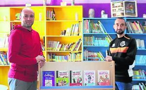 El Racing Cuéllar dona material a la biblioteca del CEIP Santa Clara