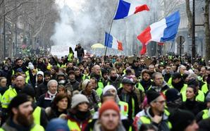 Unos 84.000 'chalecos amarillos' desfilan en Francia, un aumento considerable