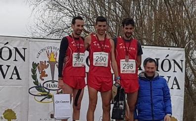 Dani Sanz ayuda al Añares Rioja a revalidar el título de campeón de La Rioja de cross y se clasifica para el Nacional