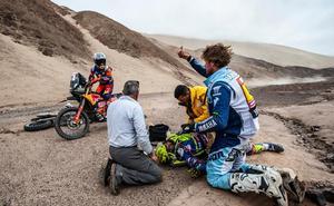 Santolino tiene varias costillas rotas pero ninguna lesión vital tras su caída en el Dakar