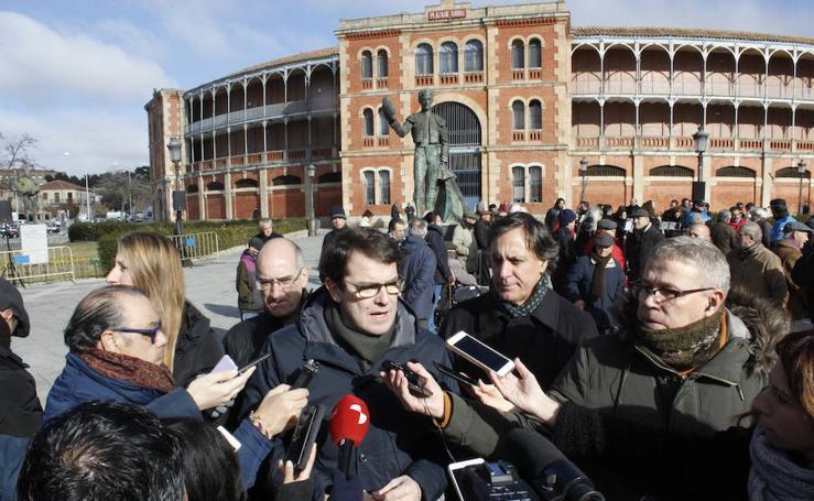 Salamanca rinde homenaje al torero Julio Robles