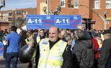 Nueva concentración en Peñafiel para reclamar la A-11