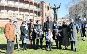 Salamanca recuerda a Julio Robles en el 18 aniversario de su fallecimiento