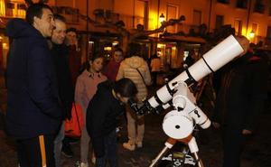 Palencia mira con pasión hacia la luna
