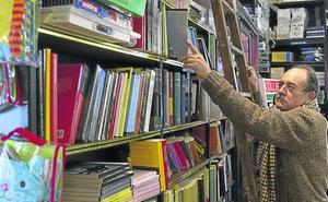 La segunda librería más antigua de Castilla y León escribe el final de su historia