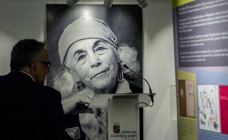 Exposición 'Carmen Martín Gaite 1925-2000, un paradigma de mujer de letras'