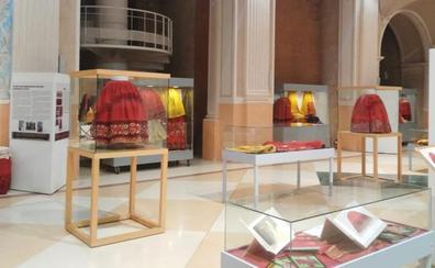 La Diputación de Soria cede varias piezas de la colección del Museo Provincial del Traje al Museo de Requena