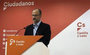 Luis Fuentes lamenta la falta de Presupuestos regionales para «ayudar a pasar el mal trago» de los estatales