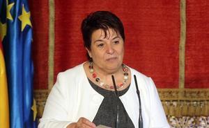 La alcaldesa de Segovia ve un «cierto componente fanático» en la oposición al diablillo