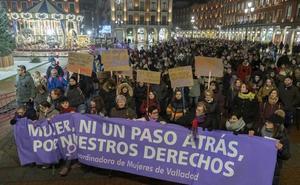 Valladolid se moviliza contra el «negocio» de los derechos de las mujeres