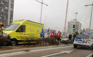 Colisión múltiple sin heridos entre dos turismos y una furgoneta en Valladolid