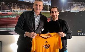 El Dukla Praha checo presenta a Pablo González sin que el Salamanca CF haya hecho oficial su salida