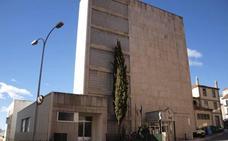 «Las deficiencias en la sanidad y las dificultades de transporte condenan a una mayor despoblación a la comarca»