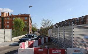 El túnel bajo las vías en el barrio de Pilarica, en Valladolid, pendiente de Iberdrola