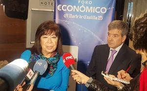 La presidenta del PSOE, Cristina Narbona, en el Foro Económico de El Norte