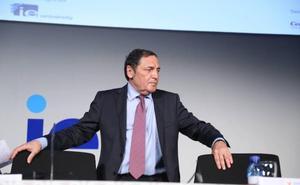 Sáez Aguado achaca los problemas en la Atención Primaria «al déficit de profesionales» y asegura que «no tienen nada que ver con los recortes»