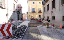 La calle San Juan volverá a estar abierta al tráfico en los dos sentidos a fin de mes