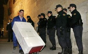 Salvar el Archivo llevará al Gobierno a los tribunales si desoye su petición de devolver 400.000 documentos a Salamanca