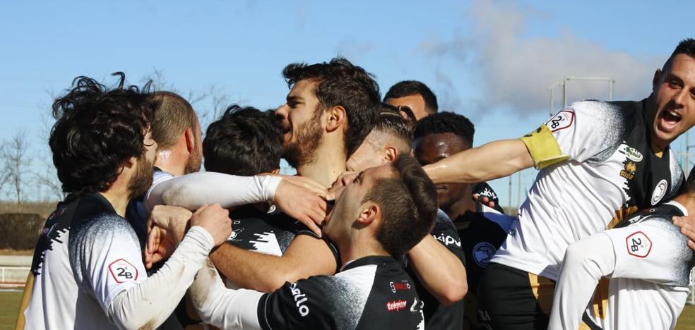 Unionistas borda el fútbol para romper la maldición de los filiales (3-0)