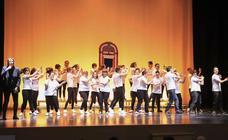 Musical de Grease interpretado por la Fundación Aviva en Salamanca