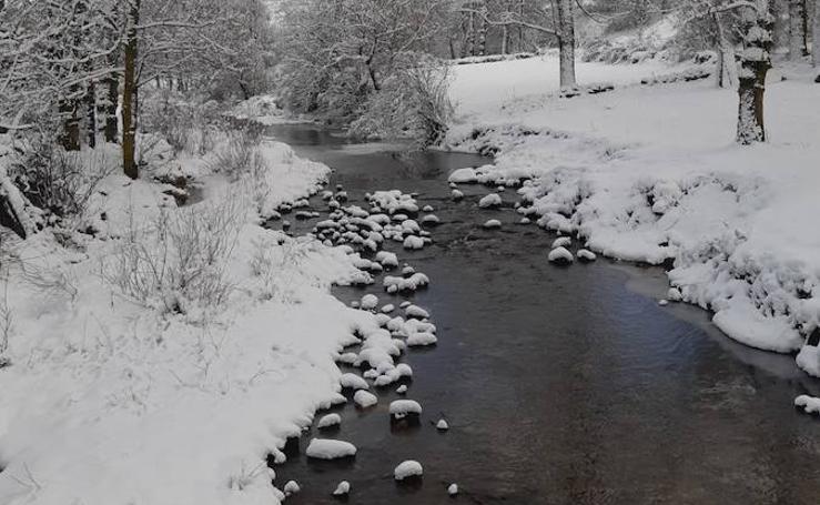La Montaña Palentina recibe la primera nevada de 2019
