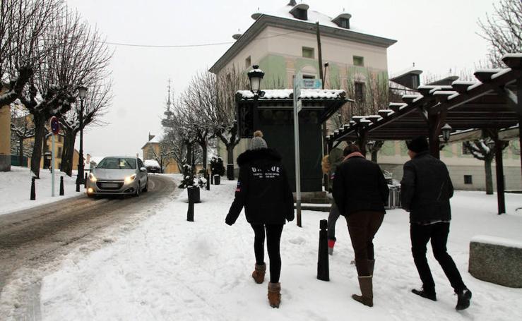 Primera nevada del año en La Granja de San Ildefonso