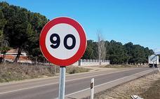 Ocho carreteras de Valladolid tendrán limitada desde el martes su velocidad a 90 por hora