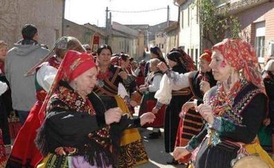 1.200 mujeres se reunirán mañana en Tábara en el IV encuentro provincial de águedas