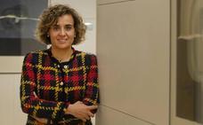 Dolors Monserrat: «Quiero analizar cómo va a trabajar Vox, pero en Andalucía ha venido hacia el PP»