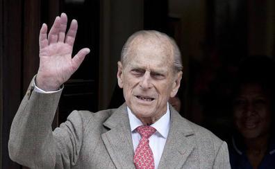 El marido de la reina Isabel pide perdón por el accidente de tráfico
