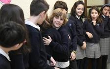 Miles de niños conmemoran el Día de la Paz en Valladolid