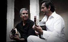 Gallardo y Cortés funden la guitarra clásica y la flamenca en el Calderón