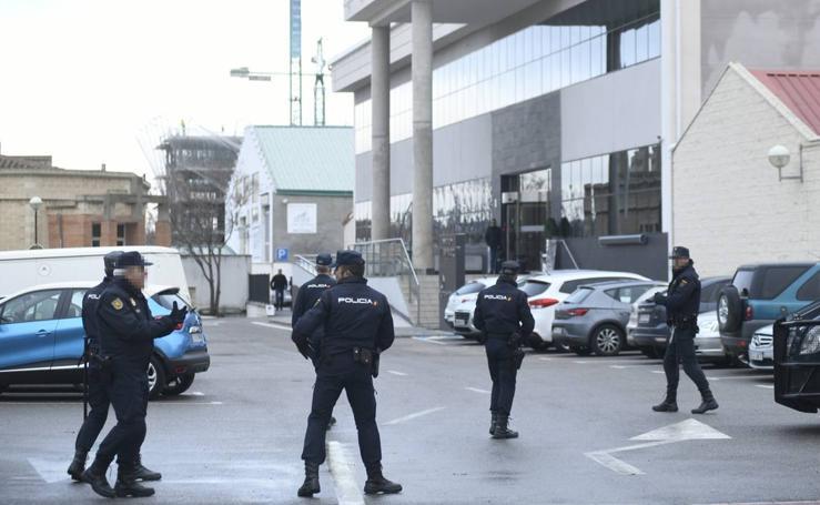 Registro policial en el tanatorio El Salvador de Valladolid